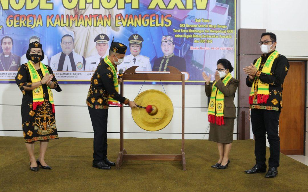 Bupati Pukul Gong Tanda Sinode Umum GKE Ke-XXIV Resmi Dibuka